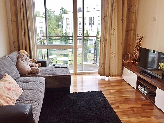 Wooden Lounge Apartment Tour ...
