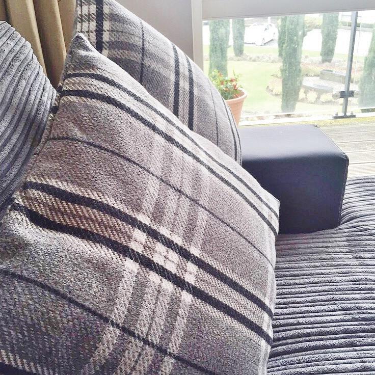 Wilkos Pillows Apartment Tour