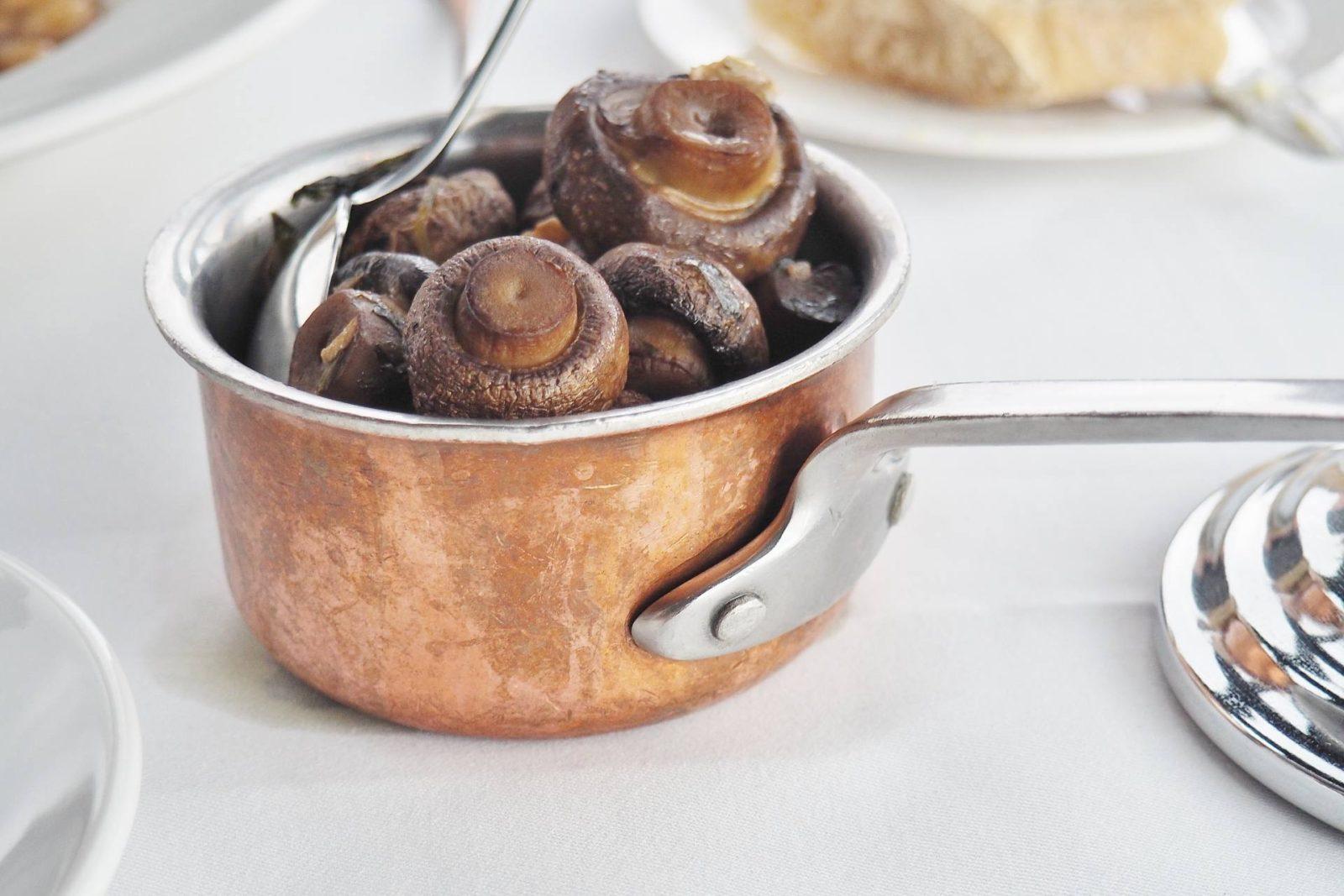 Marco-Pierre-White-Emma-Victoria-Stokes-Garlic-Mushrooms