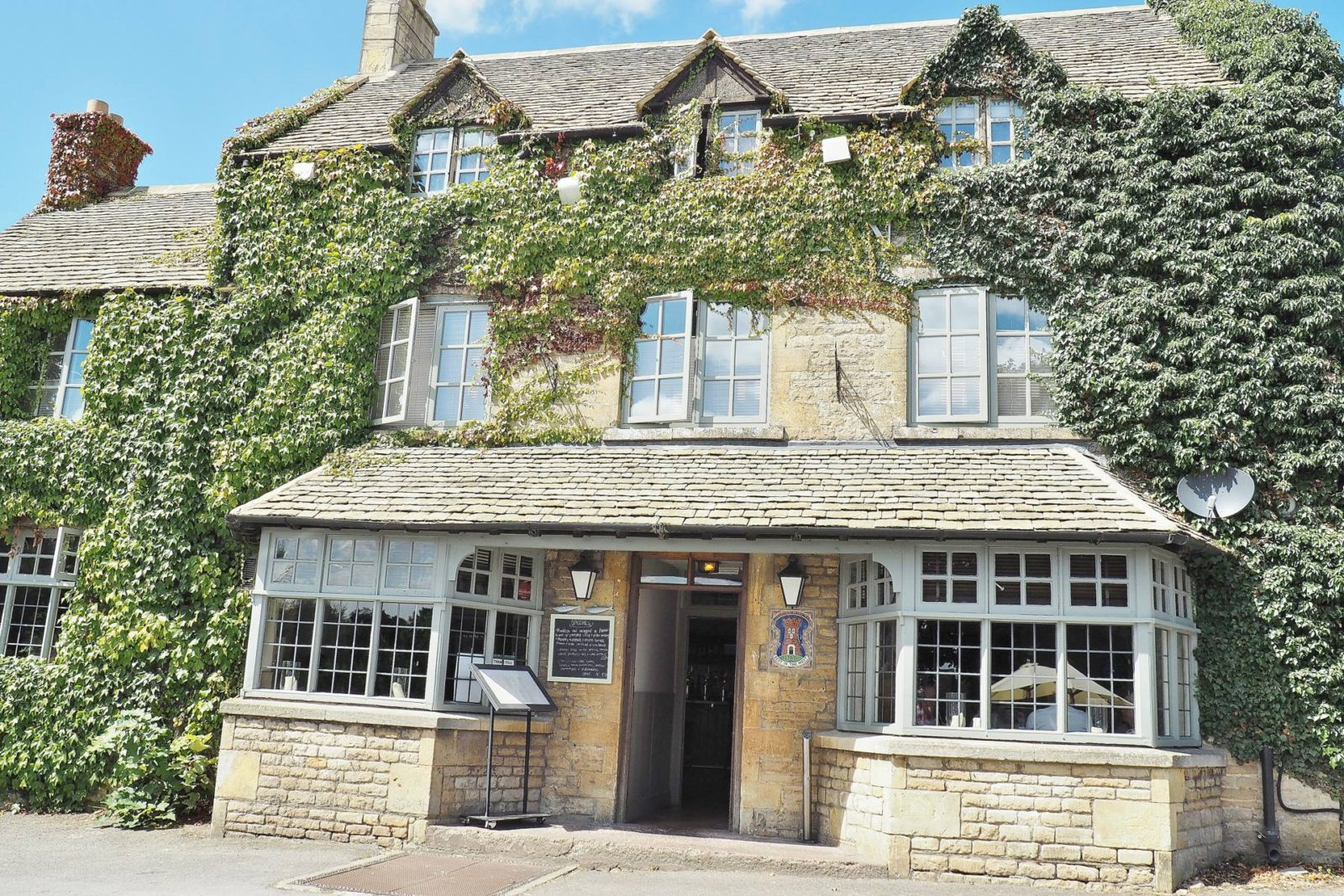 The Bell Inn Cotswold Moreton-In-Marsh