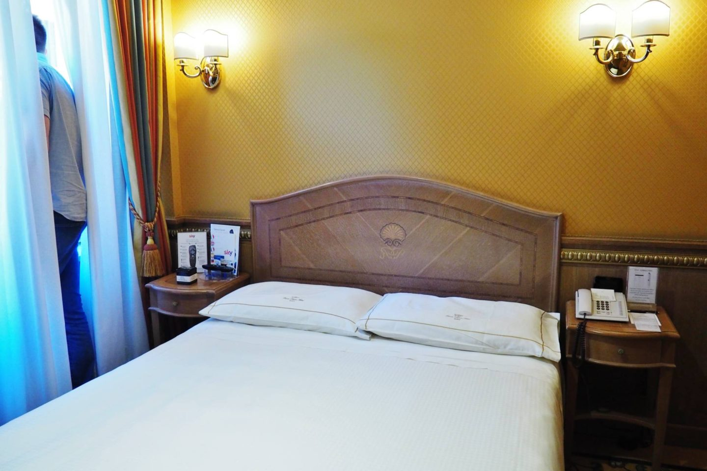 Emma Victoria Stokes River Palace Hotel Rome Double Room Bed