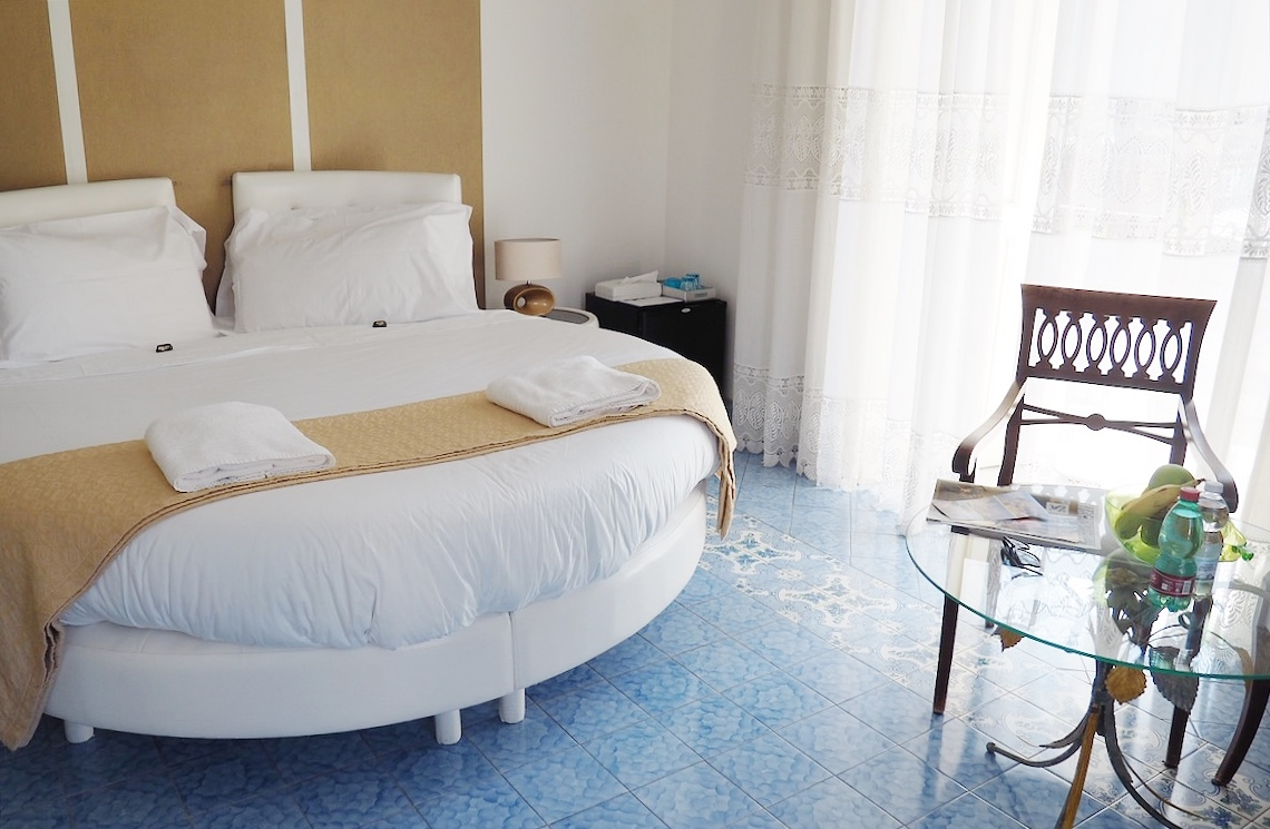 Emma Victoria Stokes Sorrento Piazza Tasso B&B Double Bed