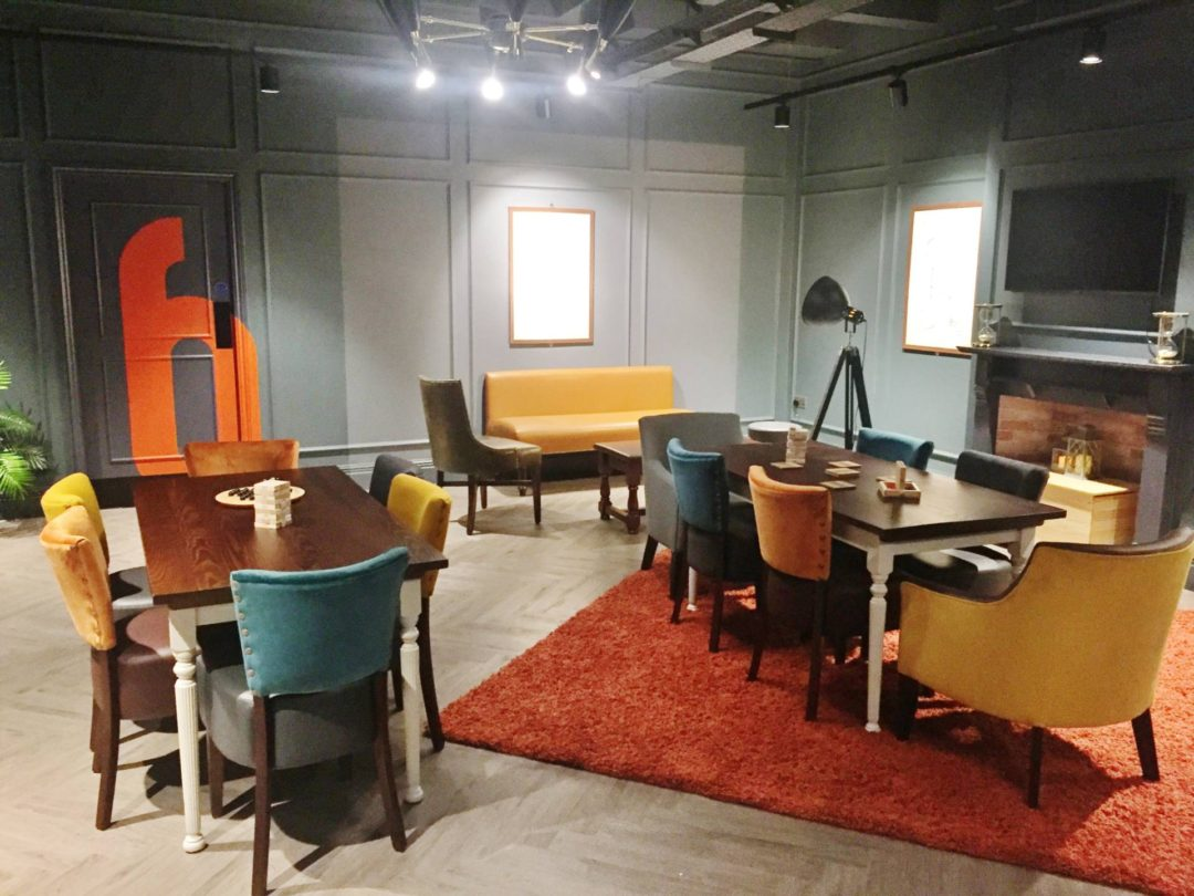 Escape Hunt Birmingham Chairs Sitting Area Lounge