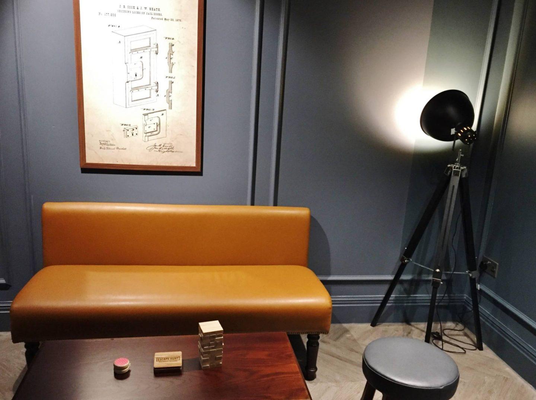 Escape Hunt Birmingham Chairs Sitting Area Lamp