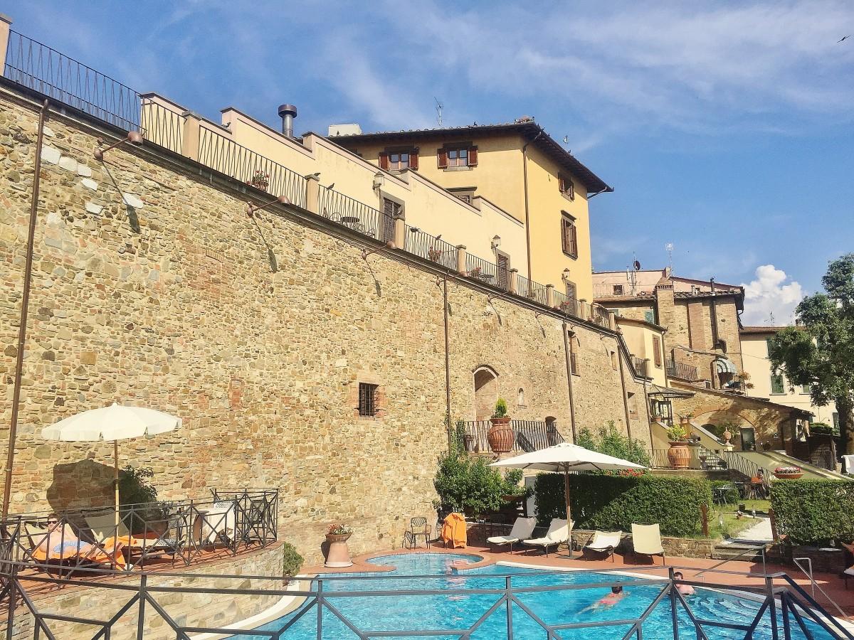 Emma Victoria Stokes Tuscany Una Palazzo Pool