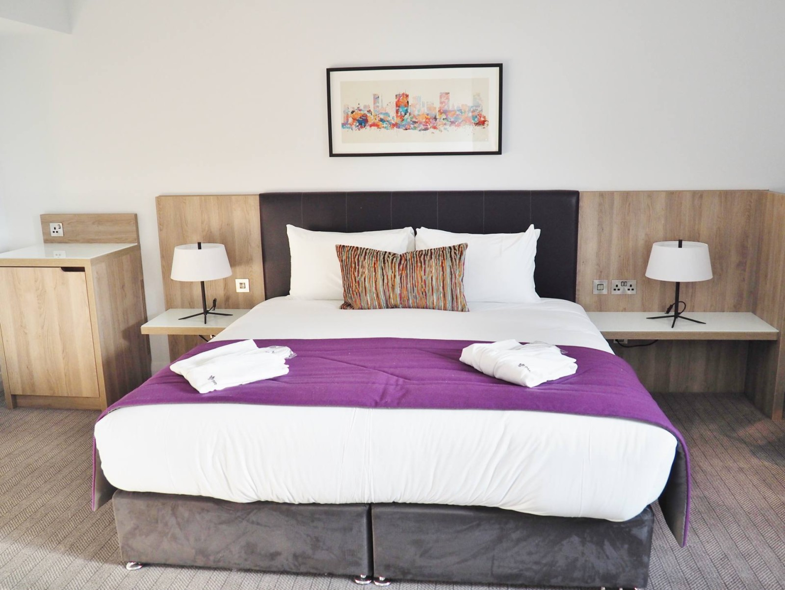 Park Regis Standard Hotel Room