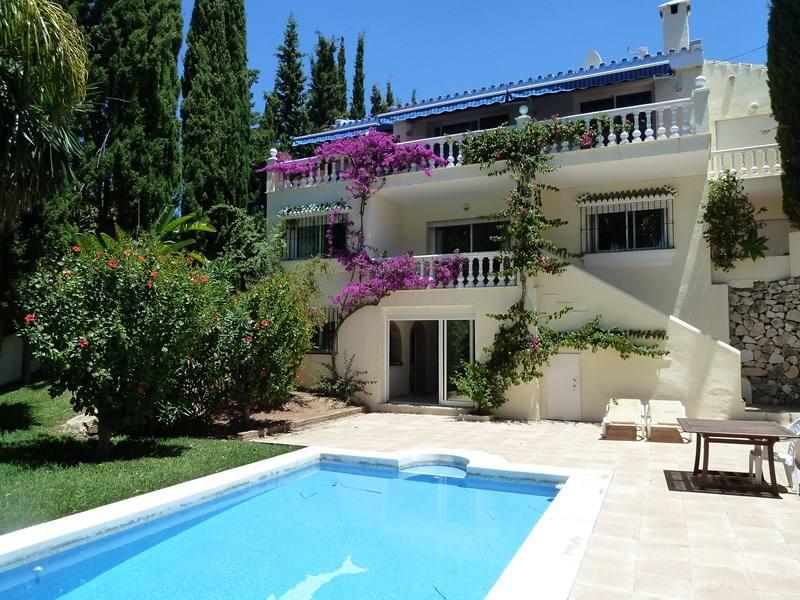 Villa-Maxine-Marbella-Emma-Victoria-Stokes-Clickstay