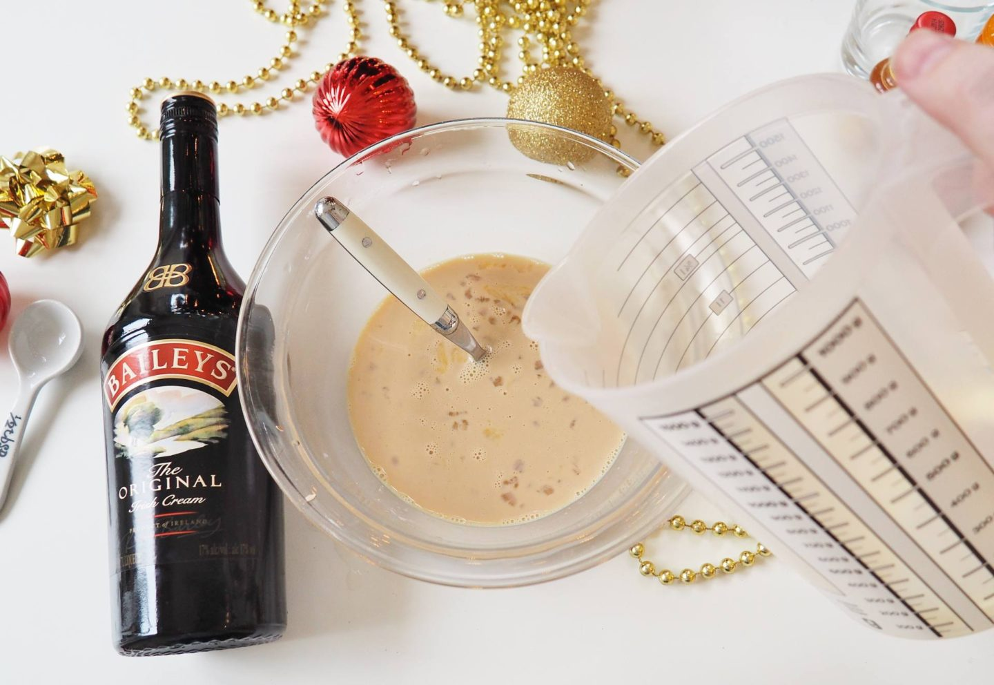 Emma Victoria Stokes Diageo Baileys Eggnog Cocktail Sponsored