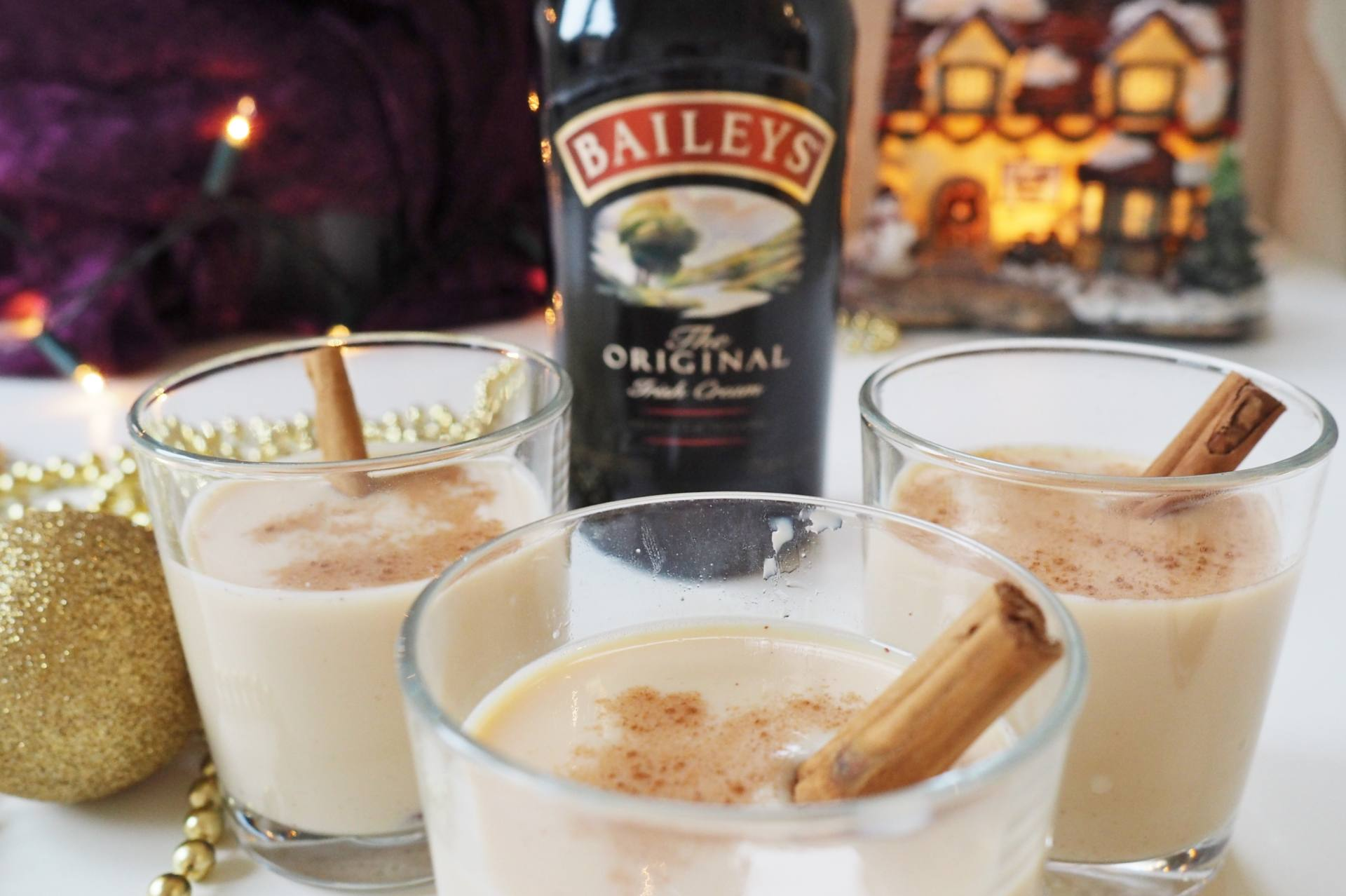 Emma Victoria Stokes Diageo Baileys Eggnog Cocktails Sponsored Post