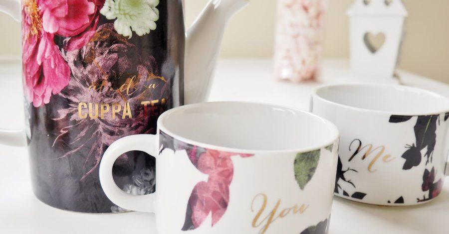 Emma Victoria Stokes Teapot Chill IE