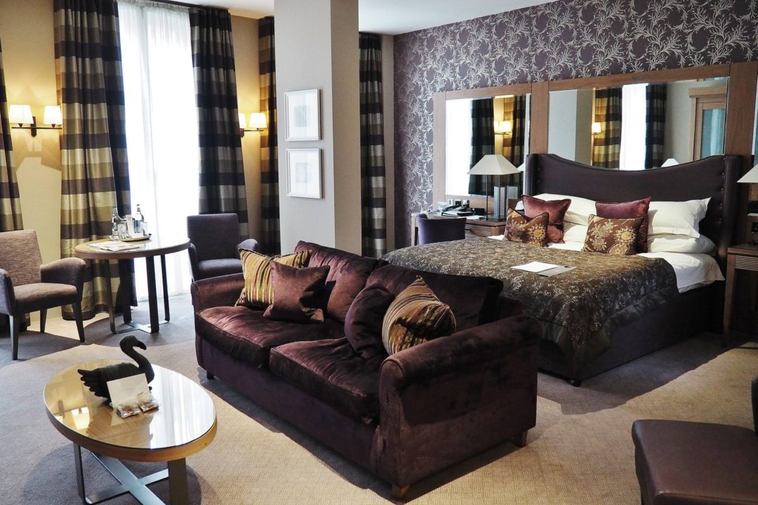 Emma Victoria Stokes Macdonald Windsor Hotel Executive Suite Blogger Review