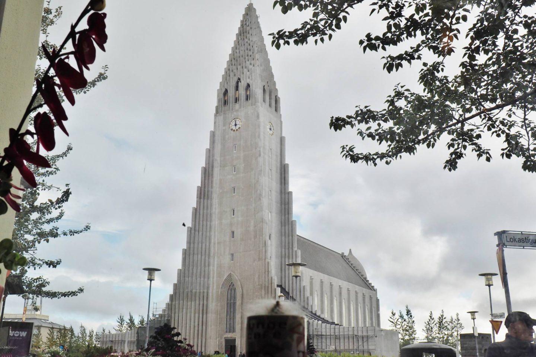 Emma Victoria Stokes Blog Hallgrímskirkja Church Reykjavik