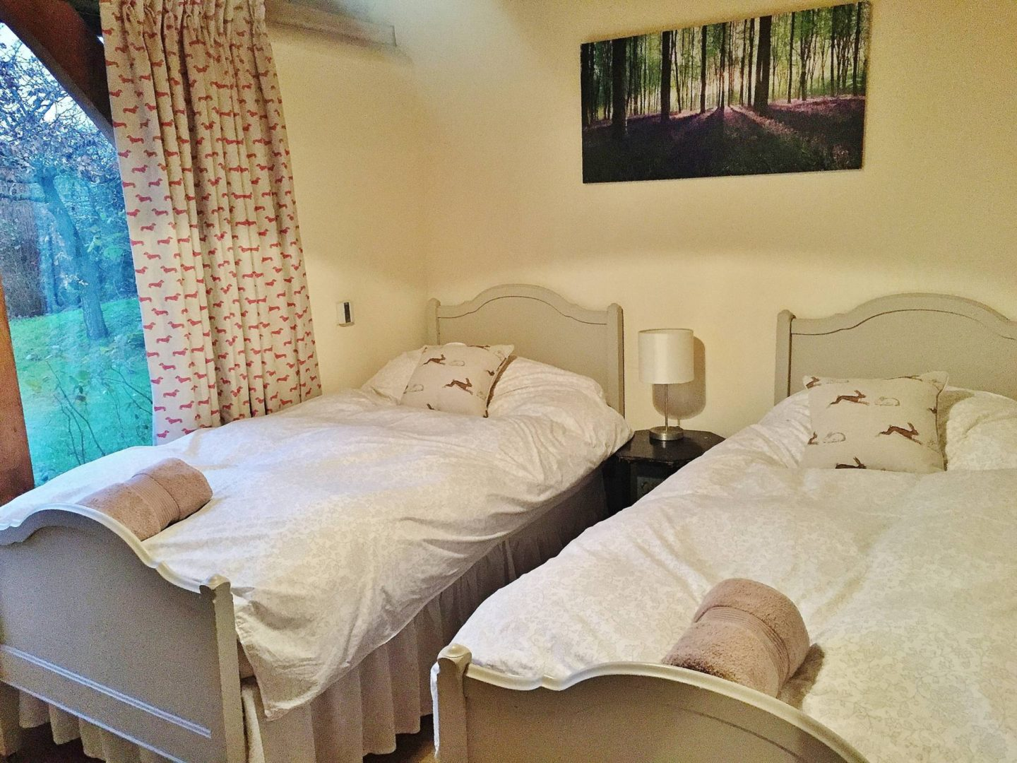 Twin Beds Ashwell Barns Cotswolds
