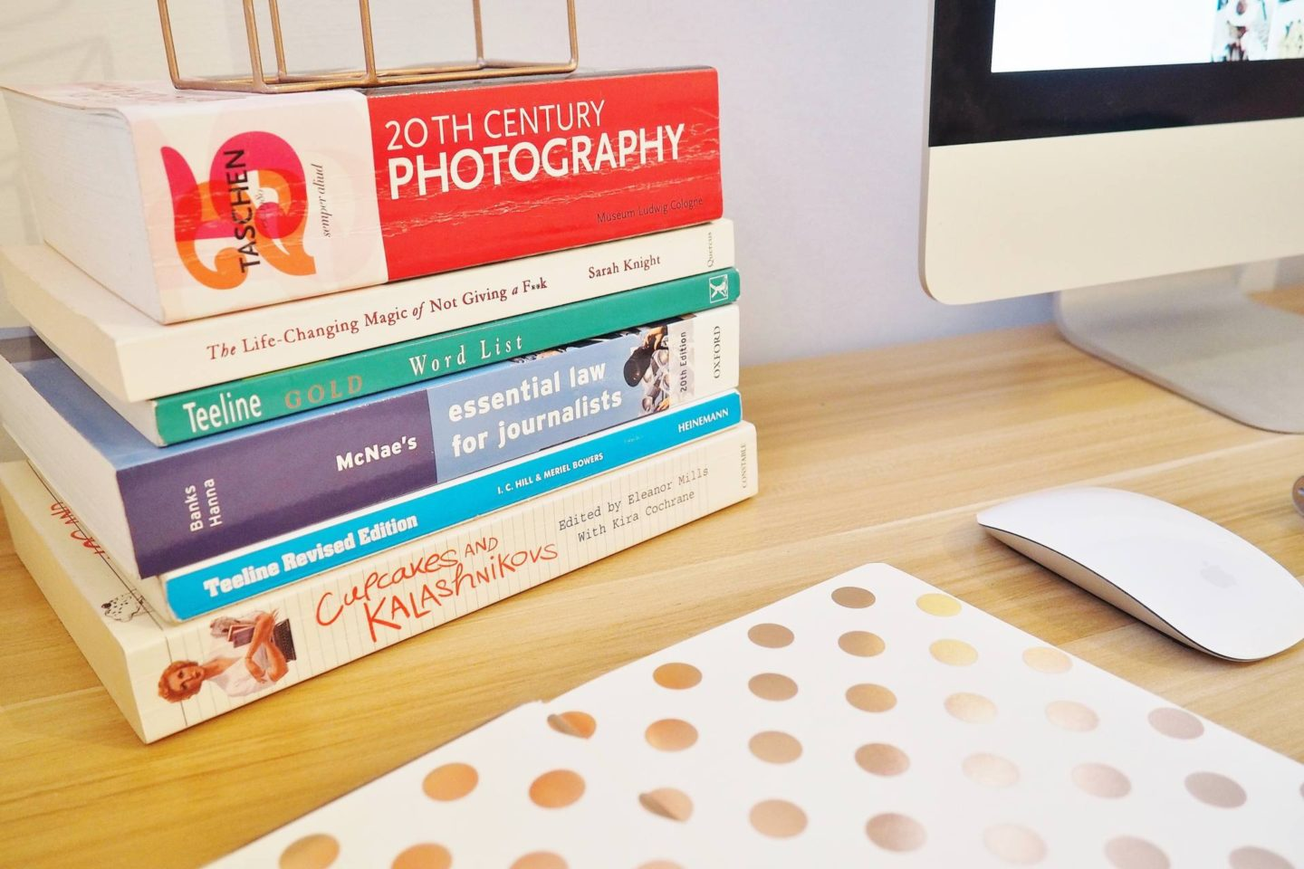 Desktop-Books-Photography