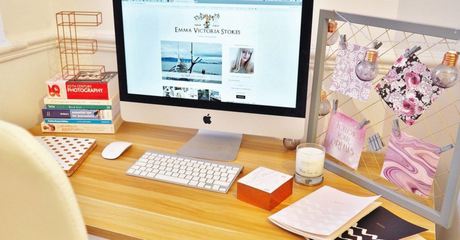 Desk-iMac-Freelance