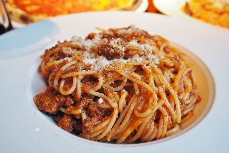 SPAGHETTI ALLA BOLOGNESE Spaghetti with traditional bolognese sauce. £11.95