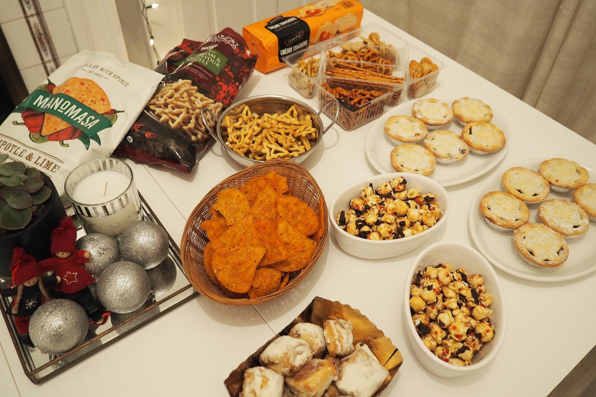 Aldi-Blogger-Collab-Feast-Table-Snacks-Crackers - Emma Victoria Stokes