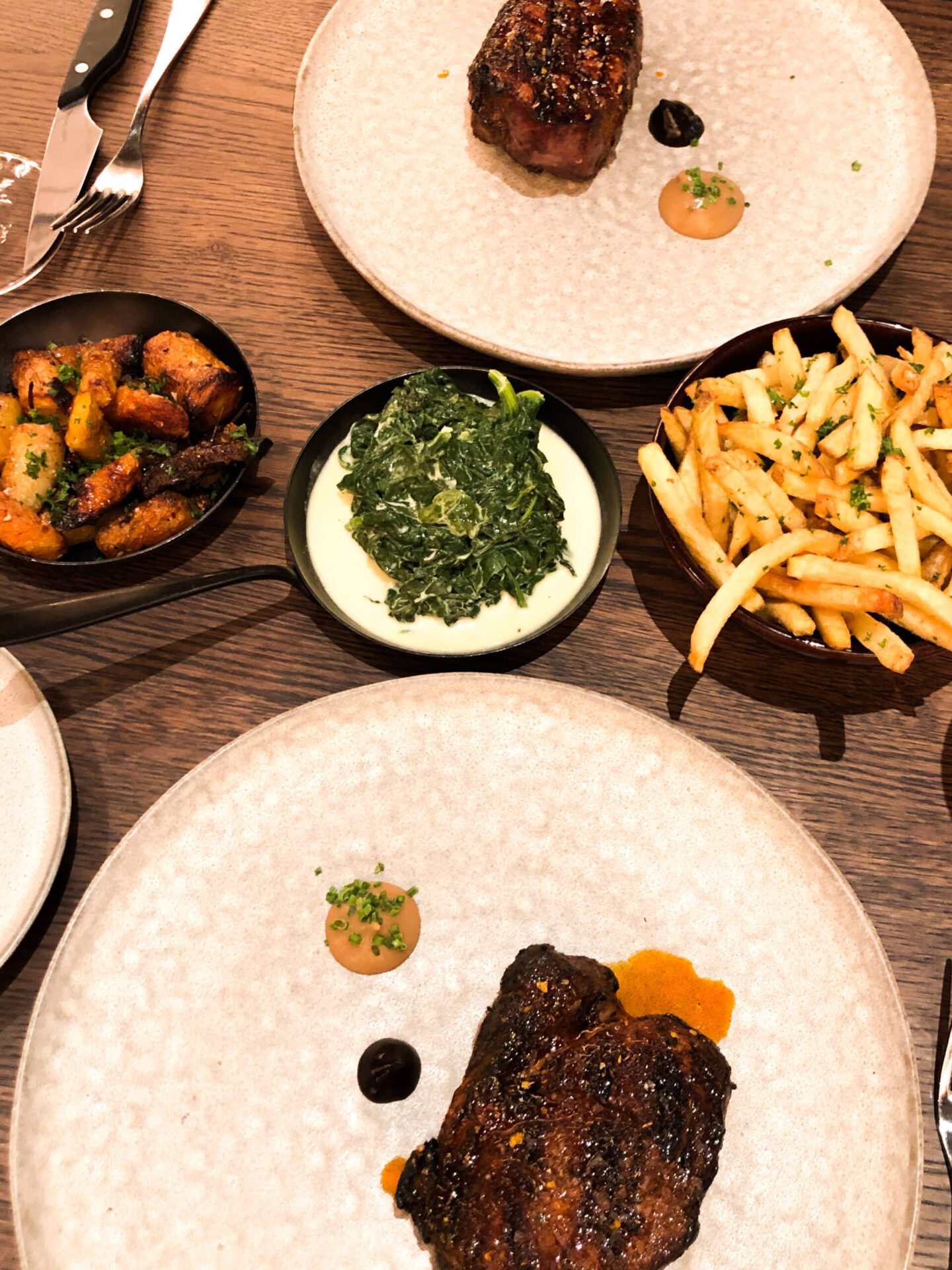 Pulperia steak chips and creamed spinach